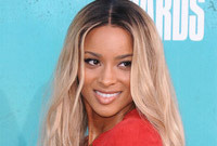 Hairstyle-evolution-ciara-ombre-hair-color-side