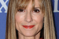Holly-hunter-and-her-fabulous-hair-at-fifty-five-side