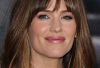 Celebrity-hairstyle-spotlight-jennifer-garner-side