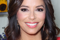 Eva-longoria-a-hairstyle-history-side