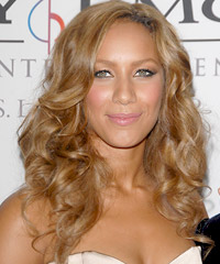 Leona Lewis curly hairstyles
