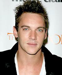 Jonathan Rys Meyers hairstyles