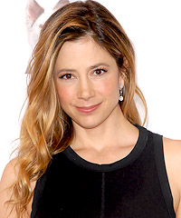 Mira Sorvino hairstyles