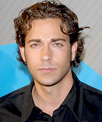 Zachary Levi hairstyles