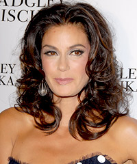 Teri Hatcher hairstyles