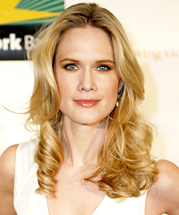 Stephanie March hairstyles