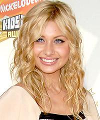Alyson Michalka hairstyles