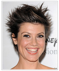 Zoe McLellan hairstyles