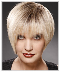 Short platinum blonde hairstyle