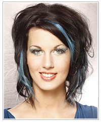 Model with blue two-tone-hair