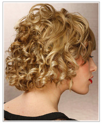Model with blonde curls