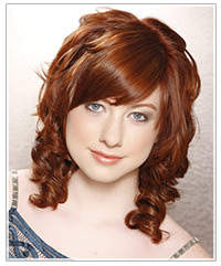 Model with curly mid-length hairstyle