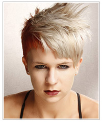 Model with short alternative hair