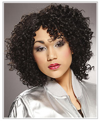 Model with curls