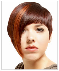 Model with asymmetric hairstyle