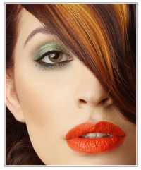 Model with a green smokey eye