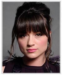 Crystal Reed hairstyles