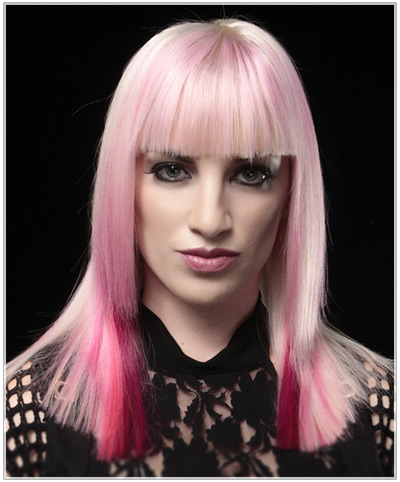 Model with blonde and pink hair