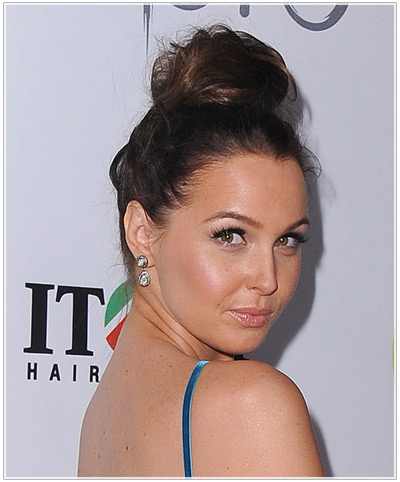 Camilla Luddington hairstyles