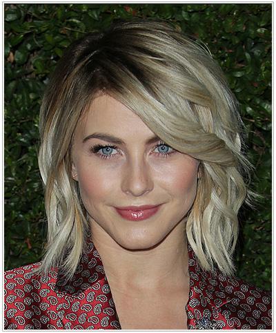 Julianne Hough Medium Wavy Blonde Hairstyle