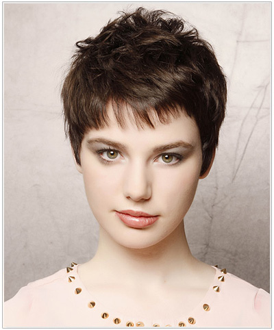 Short Straight Casual Hairstyle