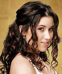 Prom hairstyle downcurls