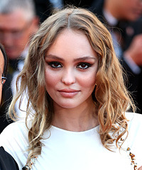 Lily Rose Depp Hairstyles
