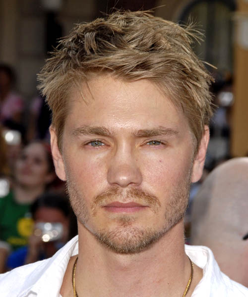 Celebrity Short Hairstyles of Chad Michael Murray