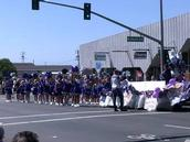Cheerleaders rootin' it up in the parade