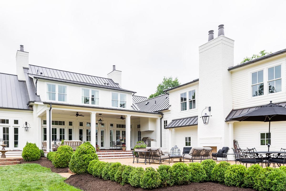 Castle homes southern living custom builder for Find custom home builder