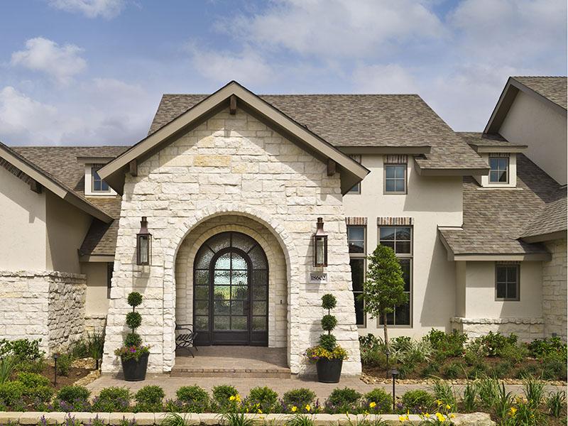 Builder: Morning Star Builders, LTD; Houston, Texas. Photo Credit: TK  Images LLC