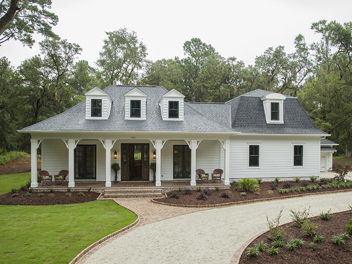 Showcase homes southern living custom builder for Southern custom homes