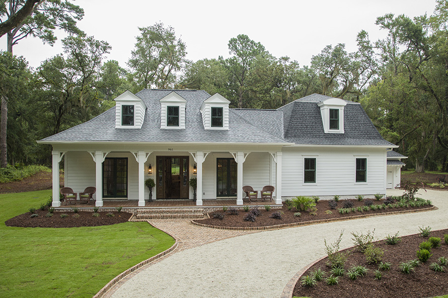 Home southern living custom builder for Southern custom homes