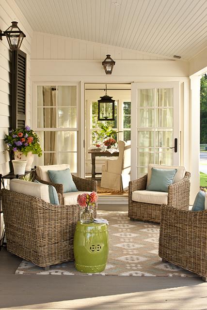 Porch 02