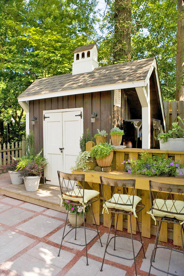 Tifany blog great shed plans southern living - Gartenhaus romantisch ...