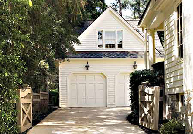 Camilla stephen fuller inc southern living house plans for Southern living detached garage plans