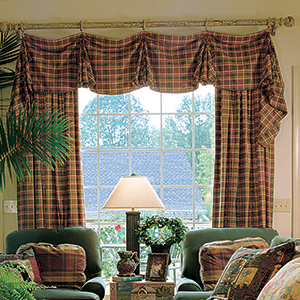 Gusset Valance with Panels