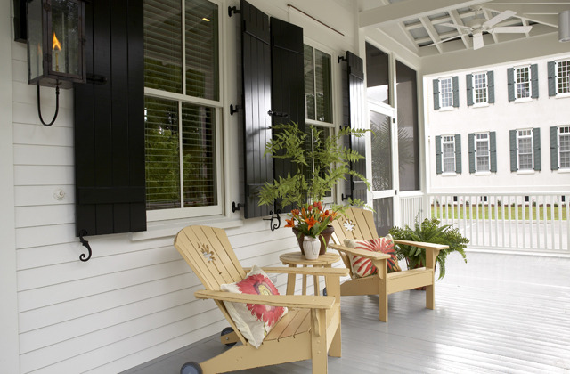 Frontporch1 2