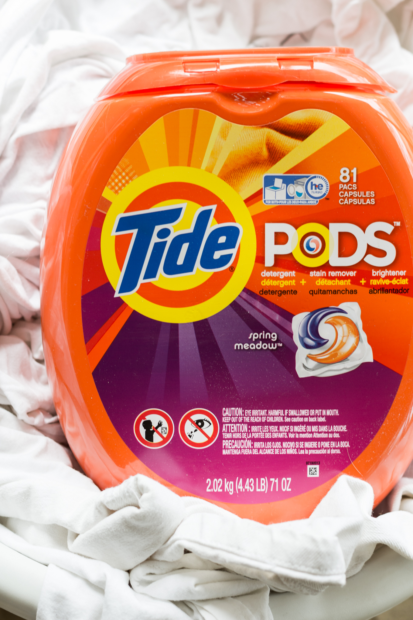 tide pods, how to wash your whites, tips on washing whites, mens lifestyle blog, kentucky blogger