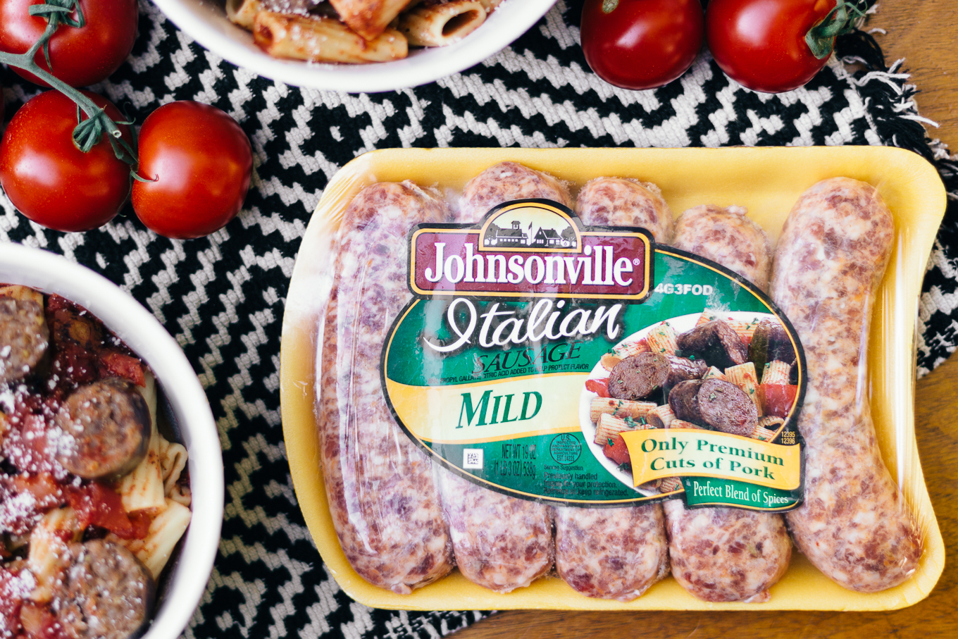 johnsonville, italian sausage, rigatoni, homemade pasta sauce, quick and easy dinner ideas