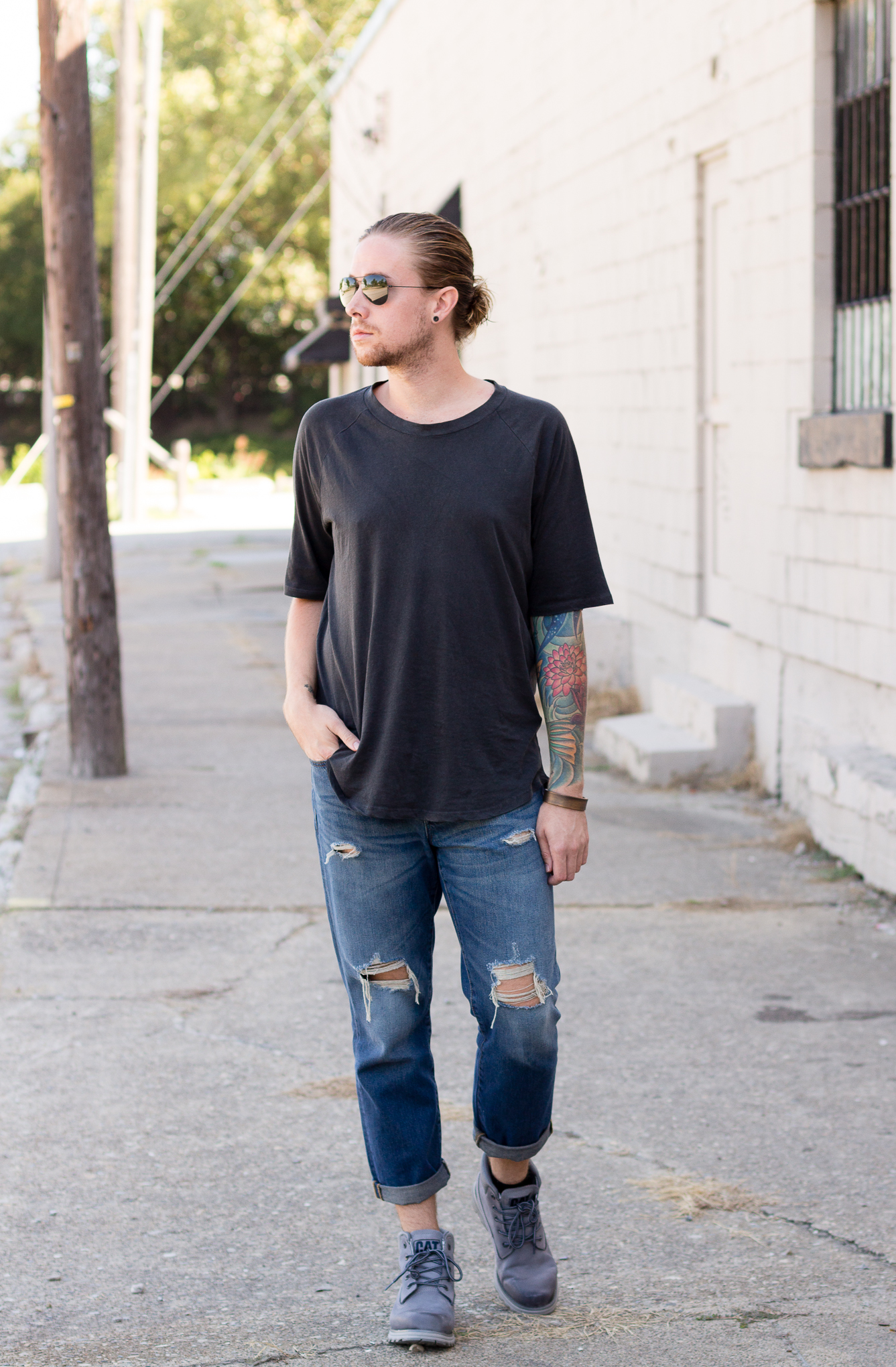 madewell denim, cat footwear, boyfriend fit jeans, how to wear oversized clothing, mens fashion blogger