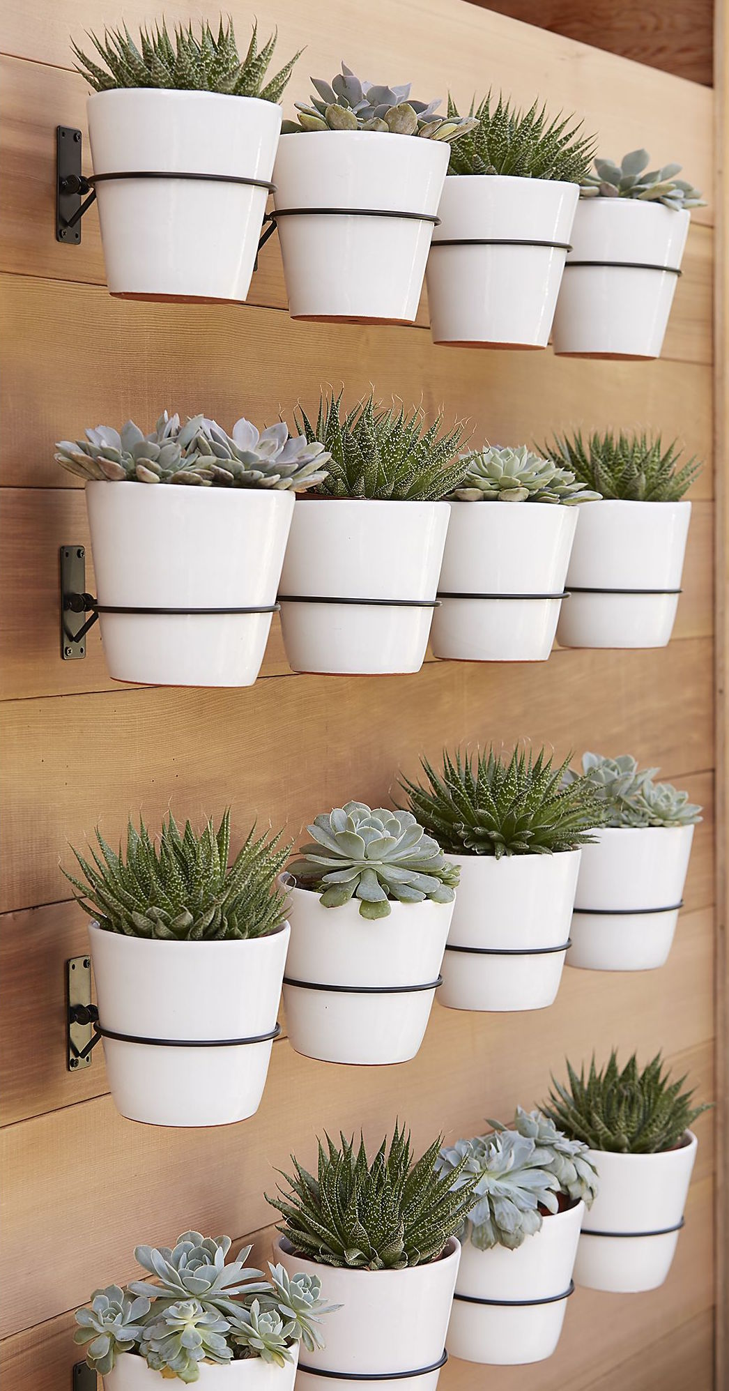 pottery barn wall planter, pottery barn outdoor pottery, west elm, west elm outdoor pottery, outdoor landscaping ideas