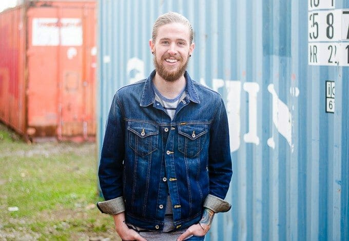 The Kentucky Gent, a Louisville, Kentucky based men's life and style blogger, explains what bloggers do.