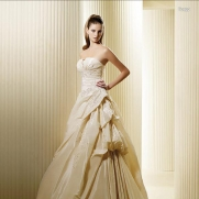 Pronovias la sposa fuego wedding dresses 3910 view0 180x180