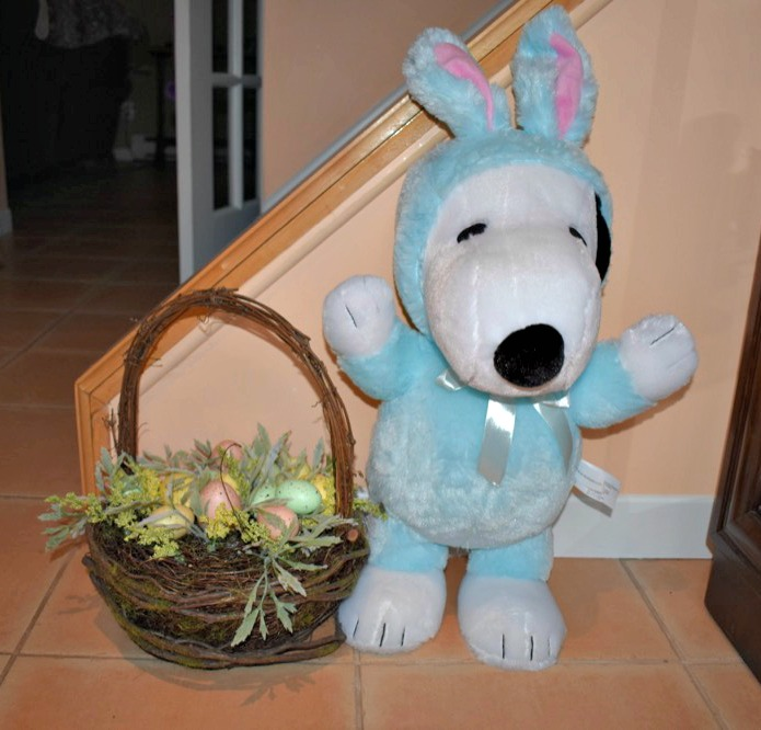 What Says Spring Better Than The Peanuts Easter Beagle? Win An Easter Peanuts Giveaway!