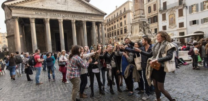 Italian Travel Made Easy With The Roman Guy Trip Planning Service: Tours, Transport, Accommodation and Dining!