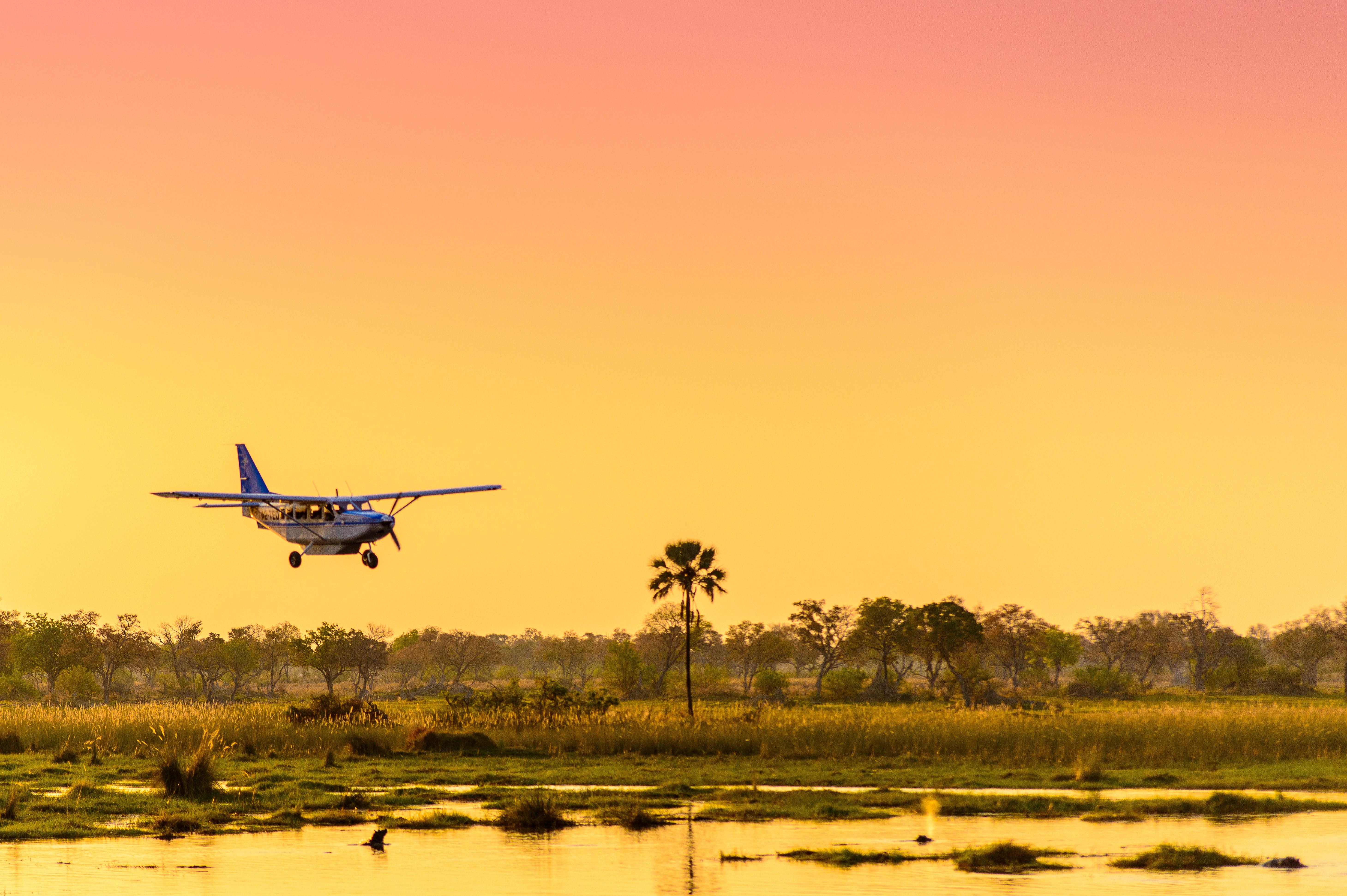 Avion taxi dans le delta de l'Okavango au Botswana
