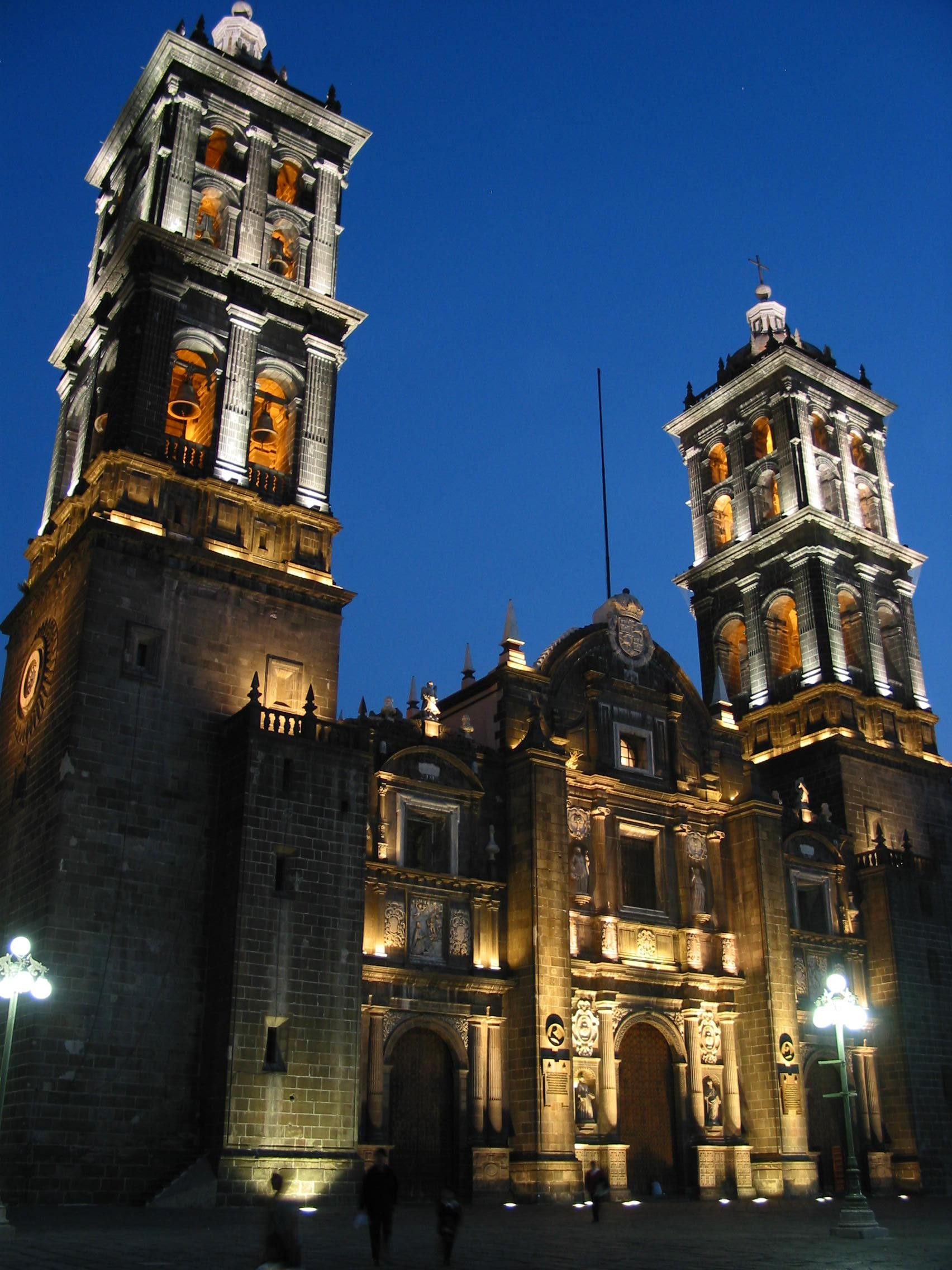 puebla-by-night