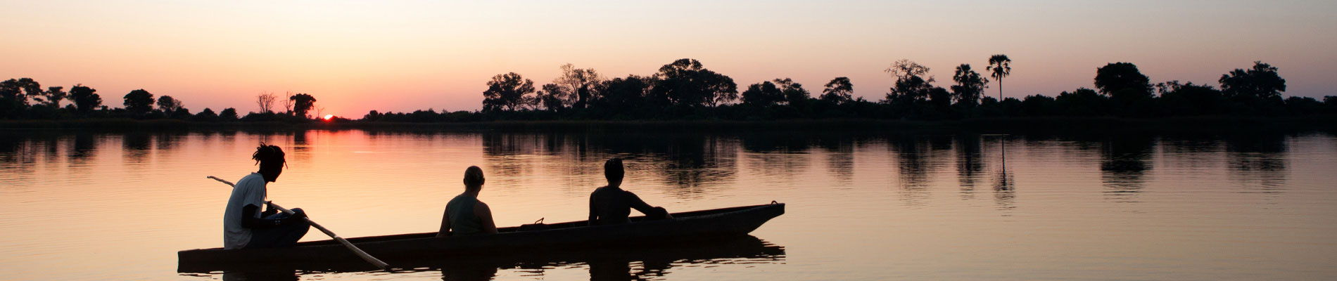 afrique-botswana-coucher-de-soleil-pirogue-st