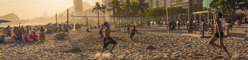 rio-plage-copacabana-football